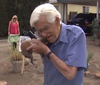 Lola the teacup Chihuahua was reunited with her 93-year-old owner on Saturday.