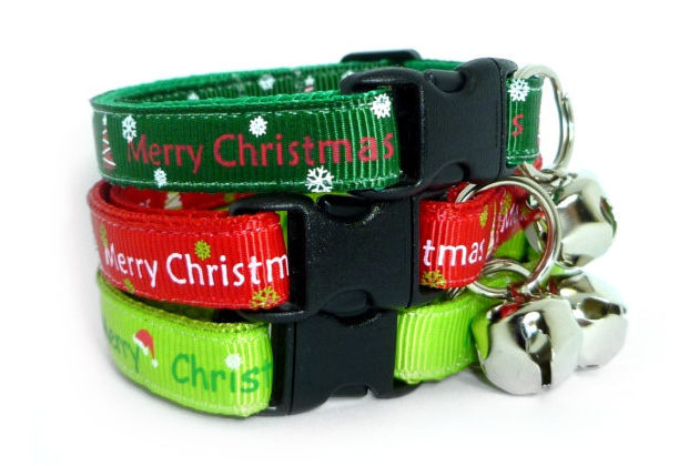 Festive Holiday Cat Collars From Mogs Togs
