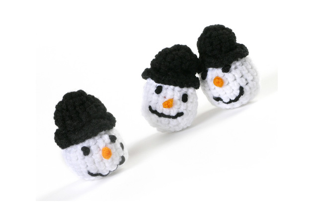 Crocheted Catnip Snowmen