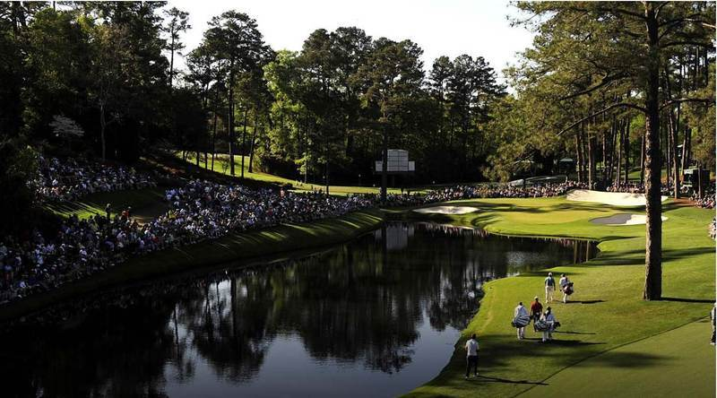 The-Masters_Course-Augusta-National-Golf-Course-Picture-QuintEvents_Fans-Lining-Golf-Course-Water-Ponds
