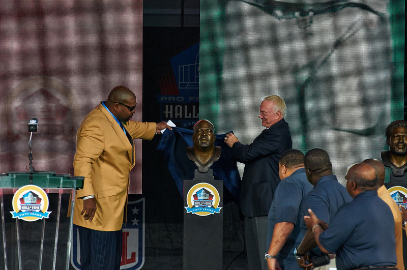 NFL-Pro-Football-Hall-Of-Fame-Enshrinement-Larry-Allen