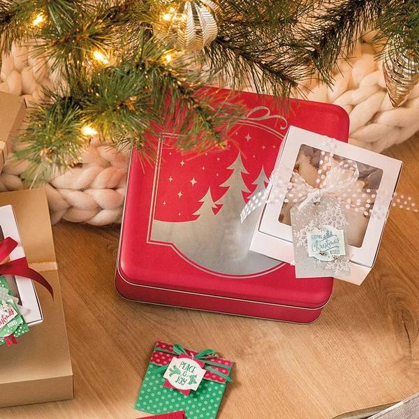 Christmas Traditions Punch Box kit