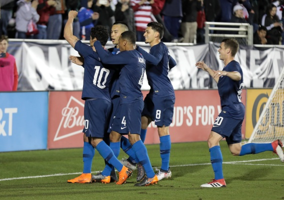 Usmnt_-_asn_top_-_celebration_-_vs._paraguay_-_march_2018_-_john_dorton