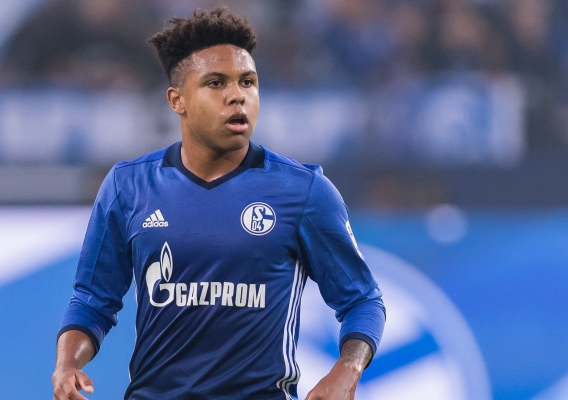 Weston_mckennie_-_schalke_-_2018