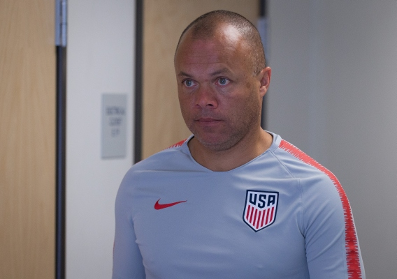 Earnie_stewart_-_asn_top_-_isi_-_usmnt_gm_-_september_2018_-_john_dorton