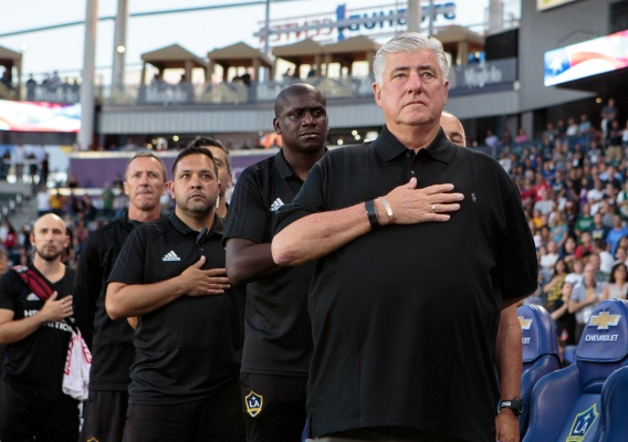 Sigi_schmid_-_asn_top_-_isi_-_la_galaxy_-_anthem_-_2018_-_michael_j