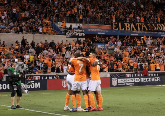 Houston_dynamo_-_asn_top_-__isi_-_celebrate_open_cup_goal_-_9-26-18_-_john_dorton
