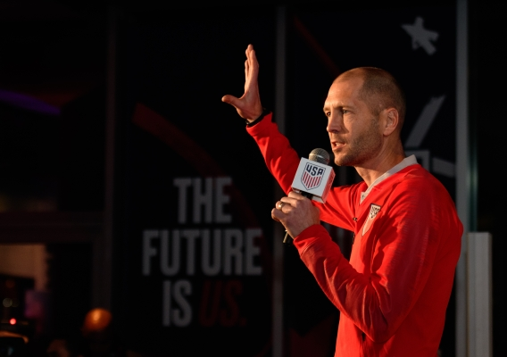 Gregg_berhalter_-_asn_top_-__isi_-_fan_event_-_12-4-18_-_howard_smith