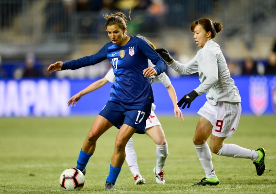 Tobin_heath_-_asn_top_-_isi_-_2-17-19_-_vs_japan_-_howard_smith
