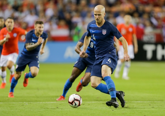 Michael_bradley_-_asn_top_-_isi_-_vs_chile_with_ball_-_3-26-19_-_wilf_thorne