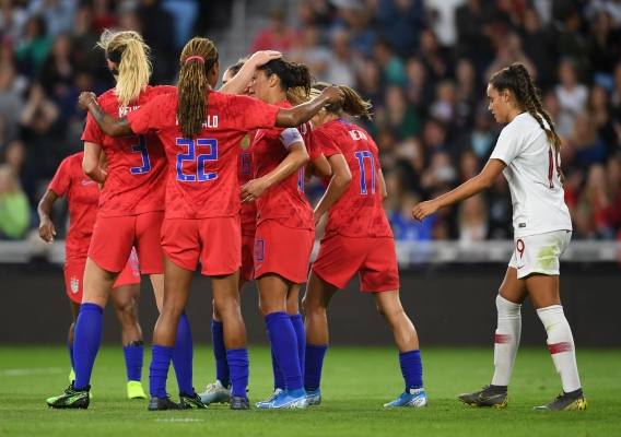 Uswnt_-_asn_top_-_isi_-_vs_portugal_-_goal_huddle_-_9-3-19