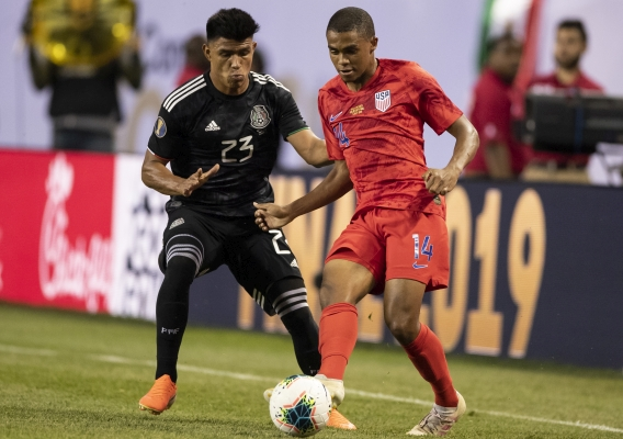Reggie_cannon_-_asn_top_-__isi_-_usmnt_vs._mexico_-_2019_gc_final_vs._mex_-_steve_limentani