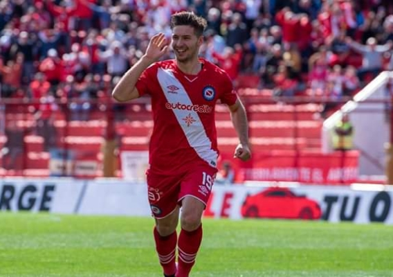 Matko_miljevic_-_asn_top_-__argentinos_juniors_-_september_2019_2