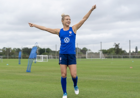 Kristie_mewis_-_asn_top_-_isi_-_uswnt_-_2019_-_1-_brad_smith