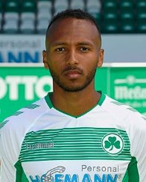 Julian_green_-_greuther_furth_-_headshot