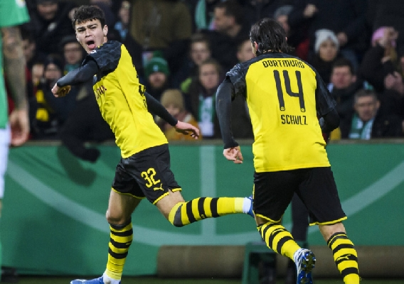 Gio_reyna_-_asn_top_-_first_bvb_goal_-_2-4-20