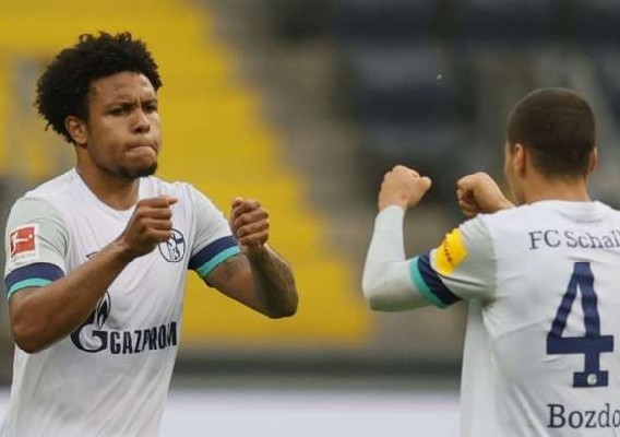 Weston_mckennie_-_asn_top_-_schalke_-_subbing_-_2020