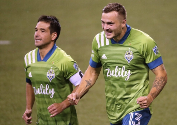 Jordan_morris_and_nico_lodeiro_-_asn_top_-_lafc_playoff_win_2020