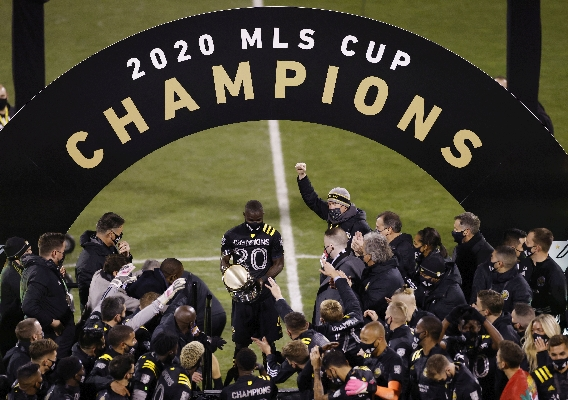 Columbus_crew_-_asn_top_-_isi_-_2020_mls_cup_champs_-_team_-_joe_robbins