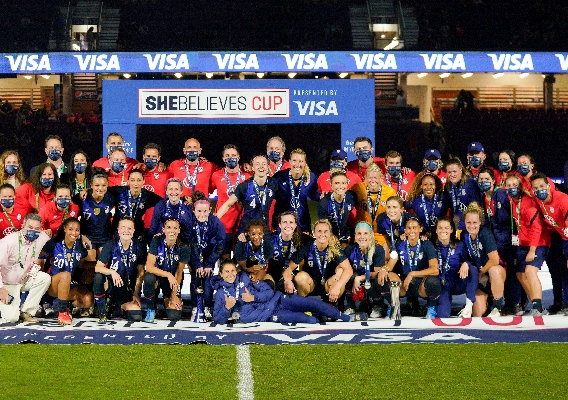 Uswnt_-_asn_top_-__isi_-_team_photo_after_2021_she_believes_title_-_brad_smith_-_2-24-21
