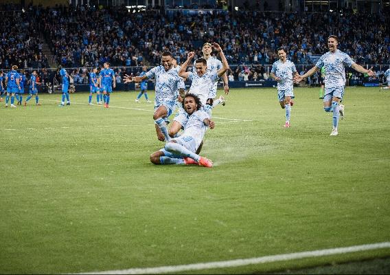 Gianluca_busio_-_asn_top_-_skc_free_kick_goal_vs._houston._-_may_2021
