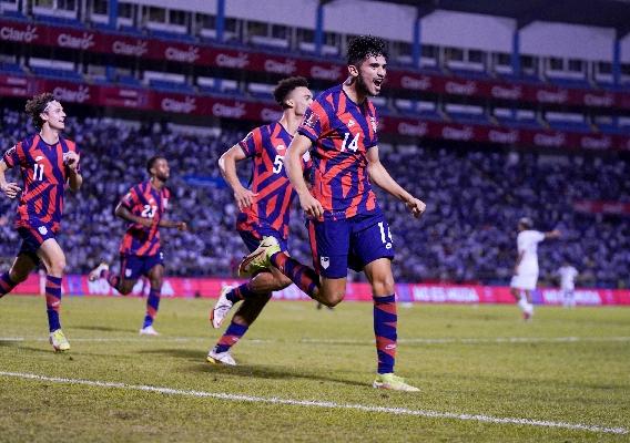 Ricardo_pepi_-_asn_top_-_isi_-_usmnt_vs._honduras_-_celebrates_goal_-_brad_smith