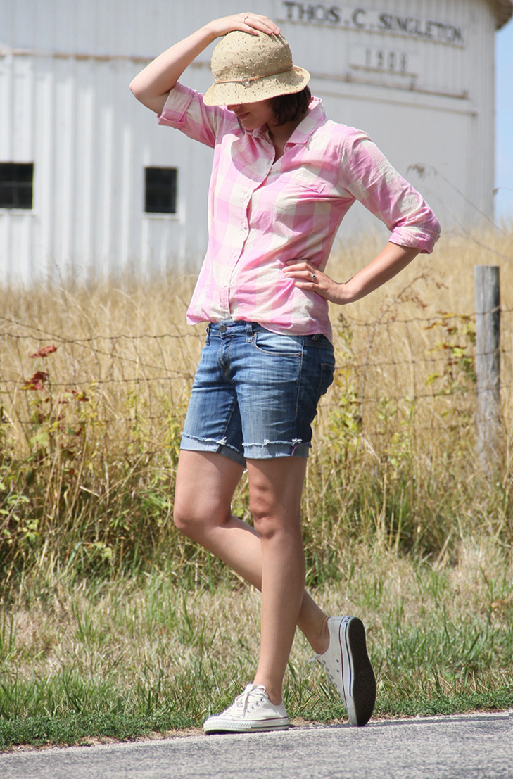 What I Wore, Jessica Quirk, Country Road, Outfit Blog, Style Blog, Gingham, Straw, Jean Shorts, Converse