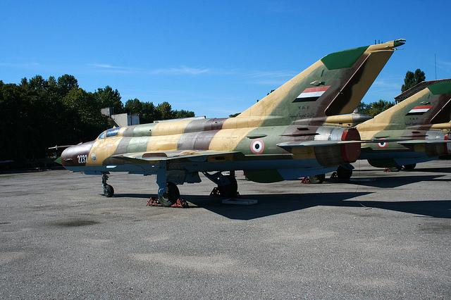 Yemen MiG-21 - Flickr/F102A