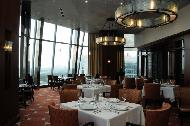 High Quality Buckhead Club Dining Room