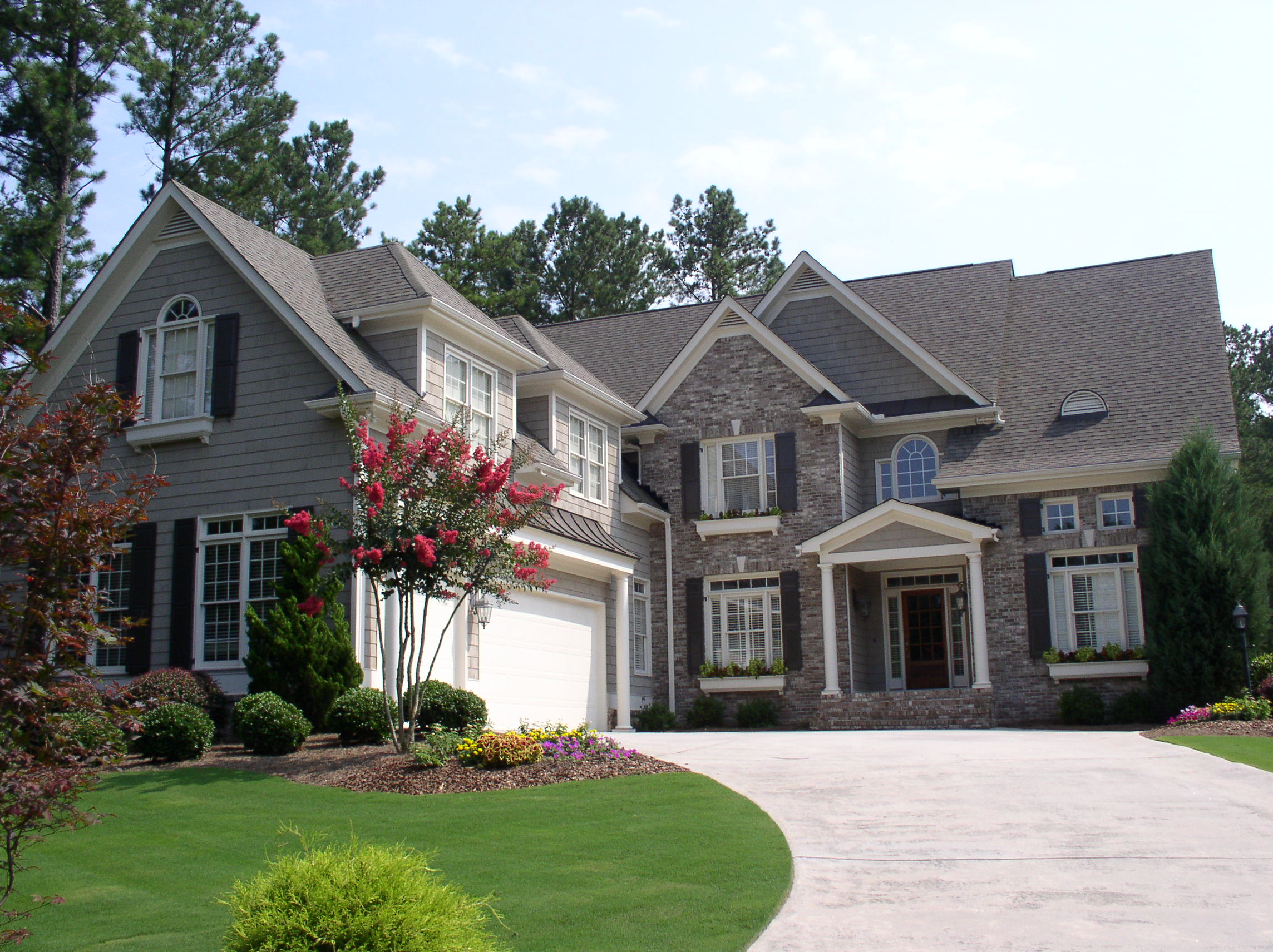Featured home executive home in white columns country for Column house