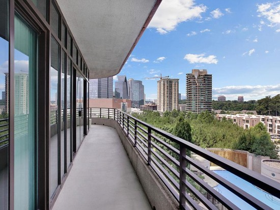 Buckhead Luxury High-Rise Offering Privacy And Stunning Views ...