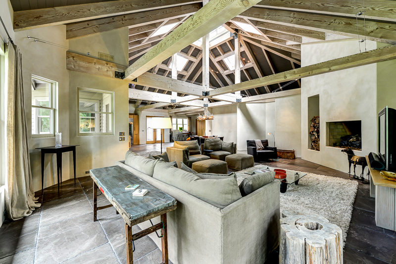 Peaceful serenbe offers its newest custom construction for Chattahoochee floor