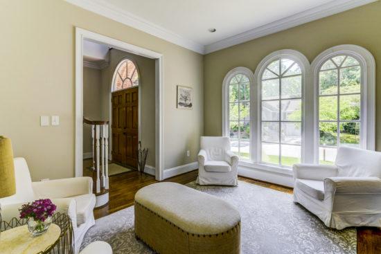 Living Room Garden Hills