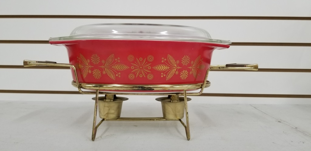 Pyrex Deluxe Buffet Server