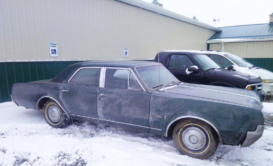 1967 Oldsmobile Cutlass Sedan