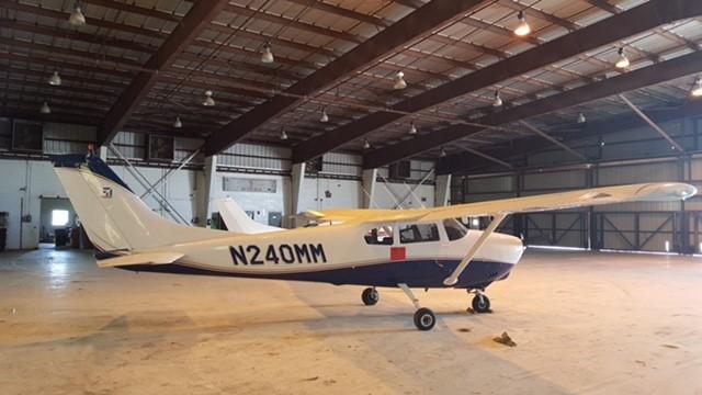 1960 Cessna 210 (2)