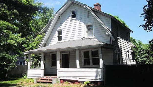 Live Auction: Single Family Home In Huntington, NY