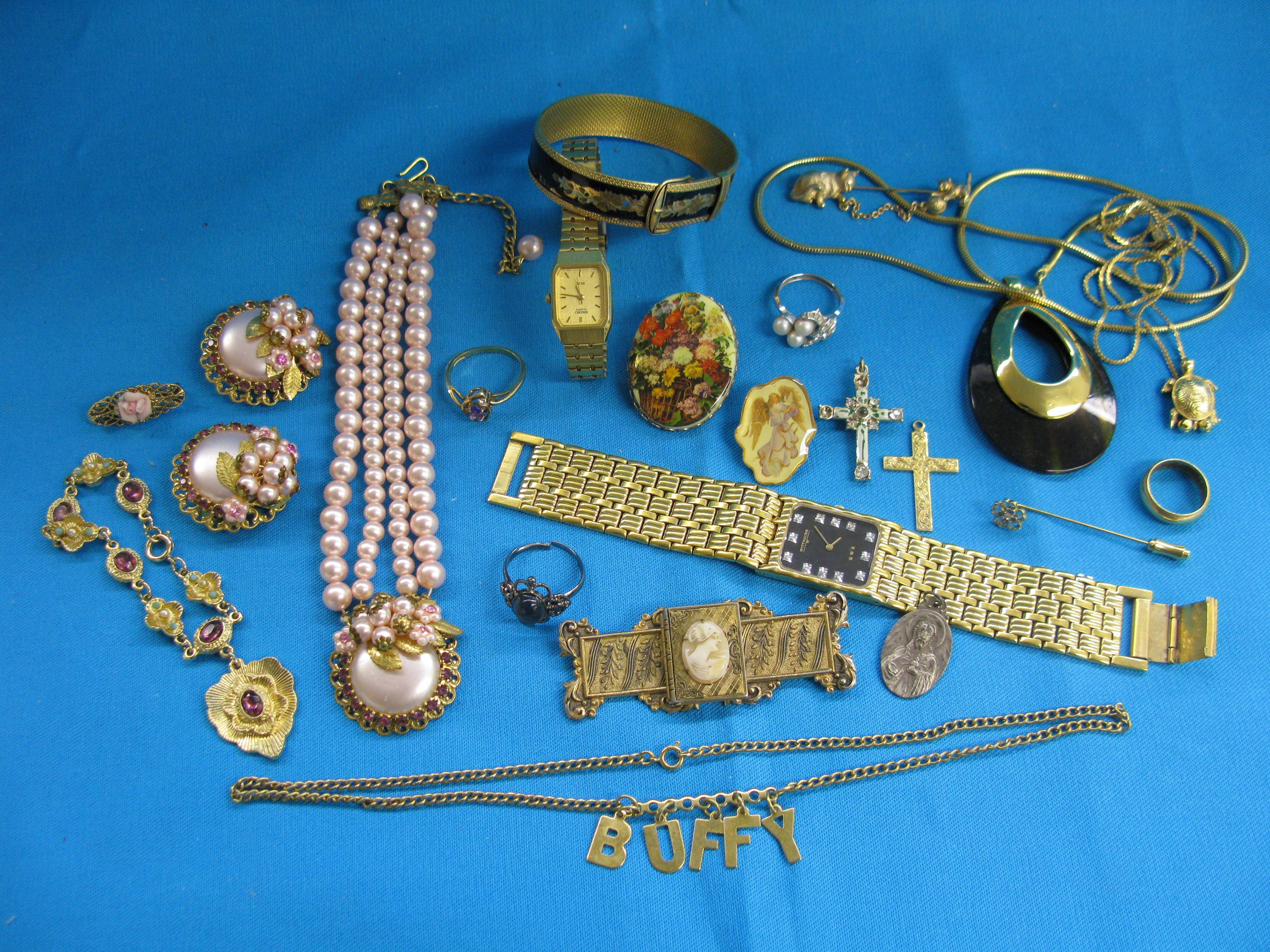 Jewelry Coins & Misc. (1)