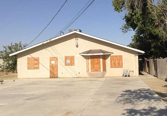 Live Auction: Single Family Duplex In Bakersfield, CA