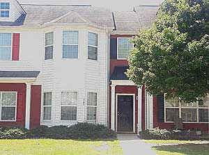Online Auction: Townhouse In Hampton, GA