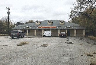 Live Auction: Commercial Building In San Antonio, TX