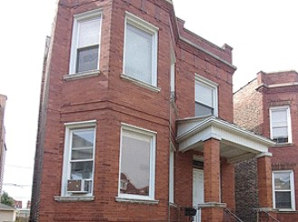 Online Auction: Single Family Duplex In Chicago, IL