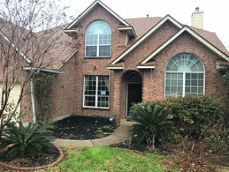 Live Auction: Single Family Home In Helotes, TX