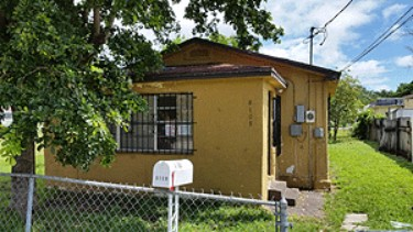 Online Auction: Single Family Home In Miami, FL