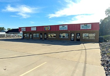 Live Auction: Commercial Building In Belleville, IL
