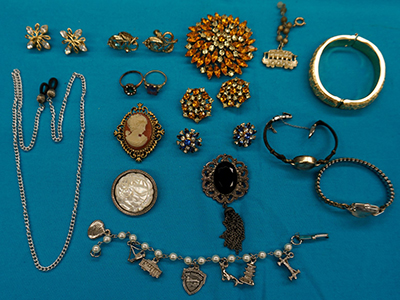 Jewelry & Coins