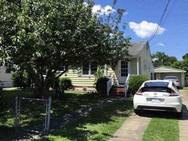 Online Auction: Single Family Home In Hampton, VA