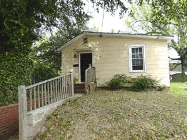 Online Auction: Single Family Home (106 Mulberry Ave.) In Newport News, VA