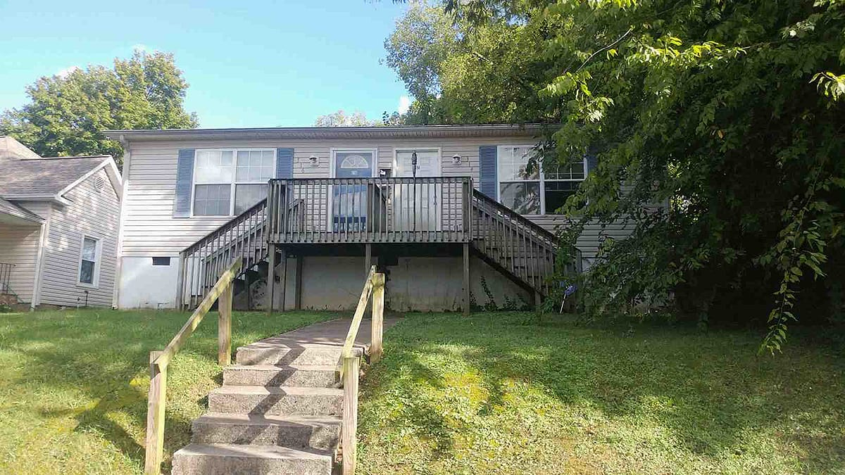 Live Auction: Residential Duplex (314 & 316 E. Churchwell Ave) In Knoxville, TN