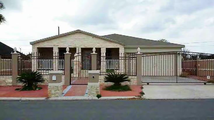 Online Auction: Single Family Home (3204 S. Bluebonnet St.) In Pharr, TX